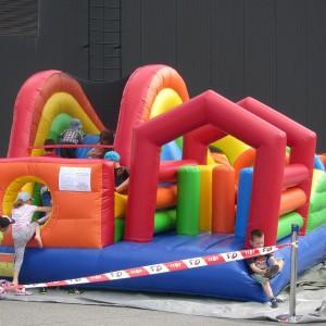 Rõõmu Kaubamaja Lastepäev batuudi rent