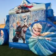 Batuudi rent Frozen tõld Elsa tagant pilt